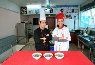 Học nấu món phở - kenhthongtingiaoduc