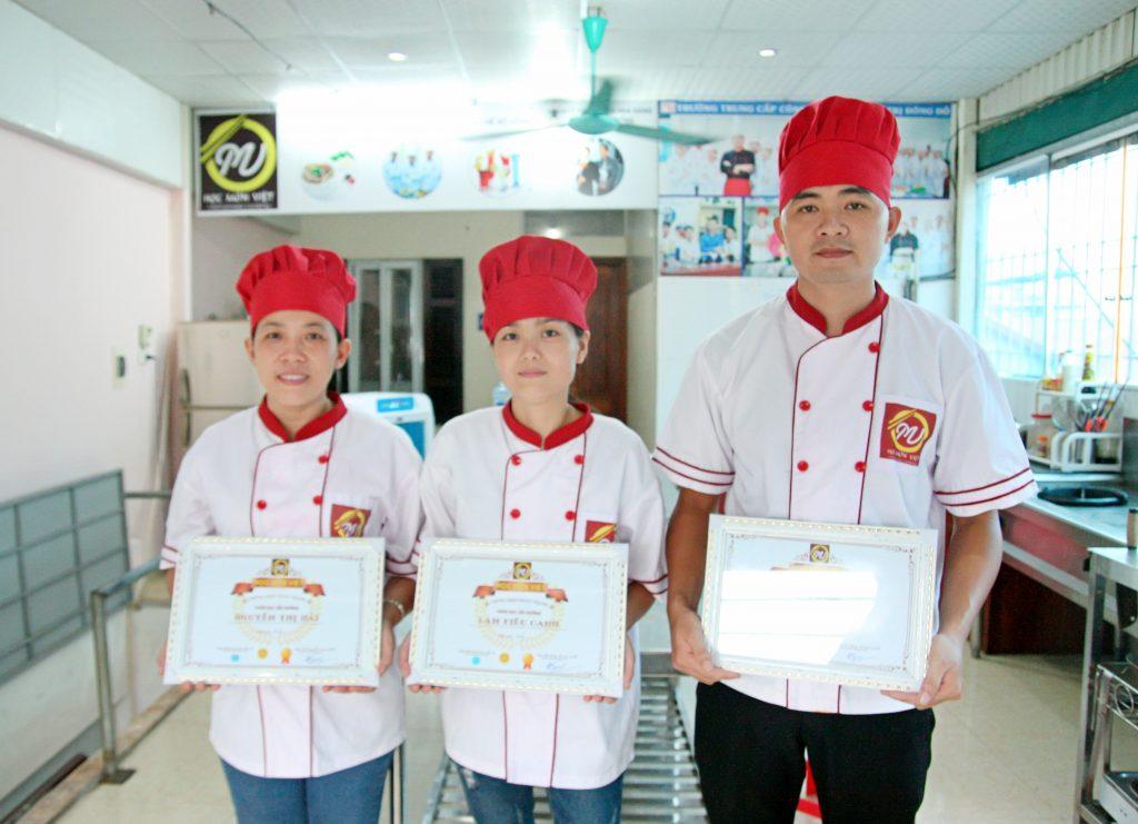 học viên lớp lẩu nướng_giaoducnghe