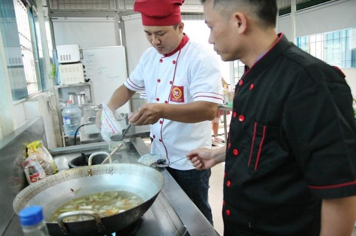 khóa học đầu bếp món lẩu_giaoducnghe
