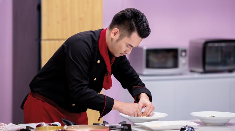 đầu bếp nguyễn sĩ toàn_giaoducnghe
