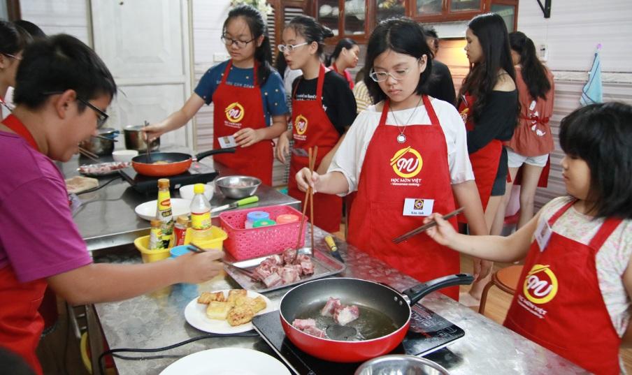 lớp học nấu ăn17-6_giaoducnghe2