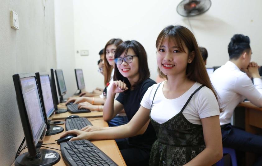 lớp công nghệ thông tin_giaoducnghe