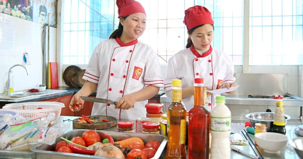 lớp học nấu ăn để kinh doanh online_giaoducnghe