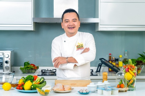 Đầu bếp Võ Quốc: phù thủy của món Việt