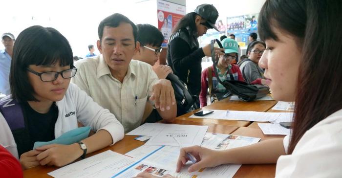 GS. Bùi Văn Ga: Các trường cân nhắc để công bố điểm nhận hồ sơ xét tuyển cho phù hợp