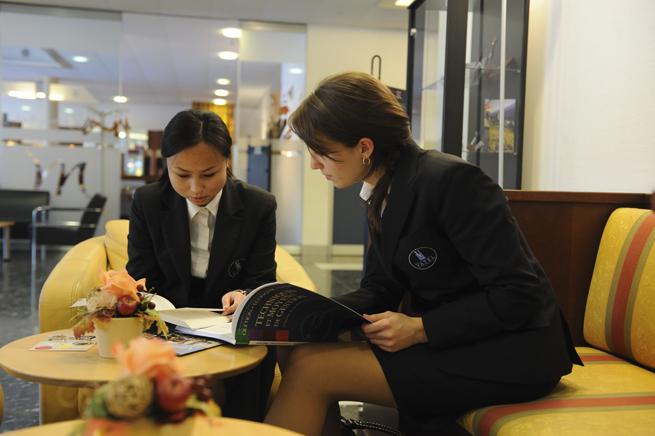 Những kỹ năng giúp bạn trở thành quản lý nhà hàng xuất sắc