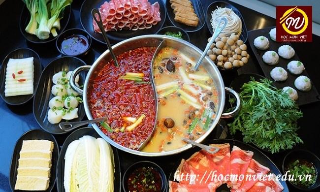 Bí quyết để có nồi lẩu ngon từ Khóa học đầu bếp tại Học Món Việt