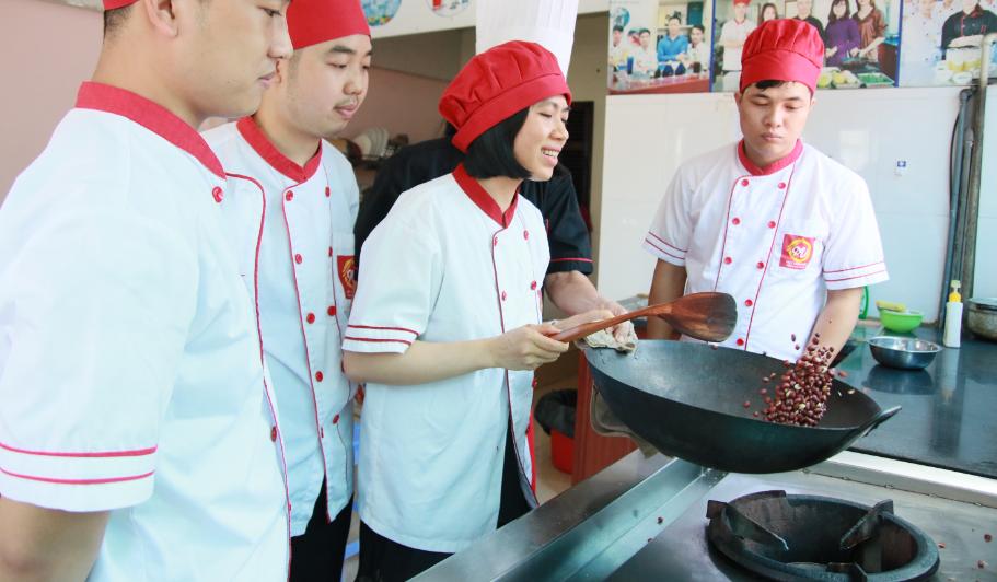 nghề đầu bếp có tương lai không_giáo dục nghề