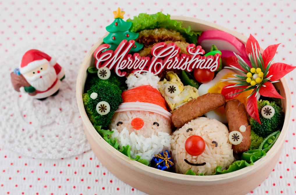 Kỹ năng trang trí món ăn để đưa không khí Giáng sinh vào bàn ăn gia đình