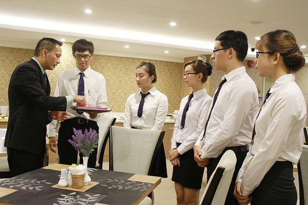 quản trị nhà hàng và khách sạn_giaoducnghe