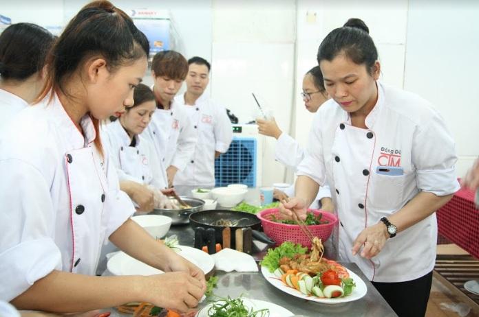 Kỹ năng quản lý bếp nhà hàng để tăng hiệu suất làm việc của bếp