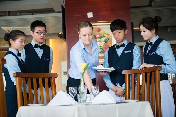 quản trị nhà hàng và dịch vụ ăn uống_giaoducnghe.edu.vn