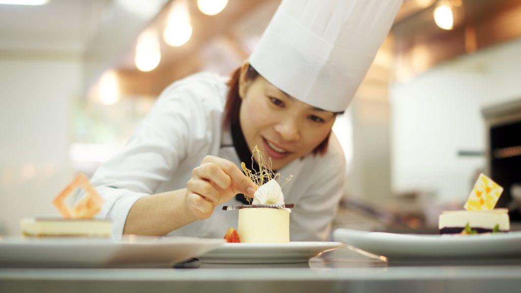 kỹ năng bếp bánh_giaoducnghe.edu.vn