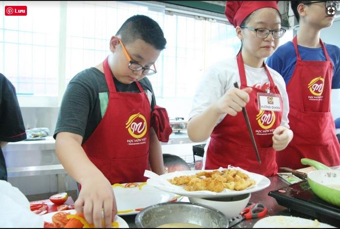 lớp nấu ăn trẻ em1 giaoducnghe.edu .vn