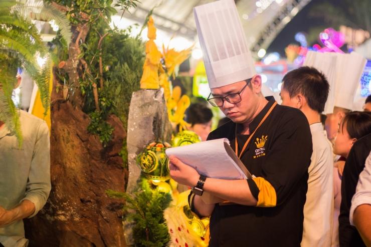 """Nguyễn Quốc Nghị – """"phù thủy"""" ẩm thực Việt"""