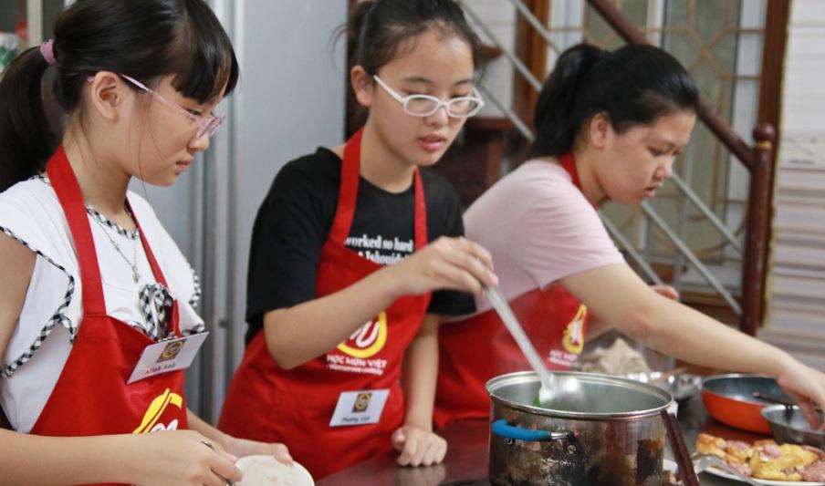 giaoducnghe_lớp nấu ăn 17-6