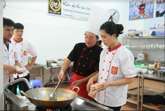 học nấu ăn_giaoducnghe.edu.vn