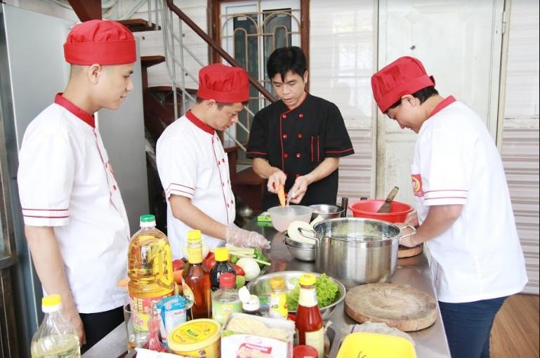 học đầu bếp việt_giaoducnghe.edu.vn