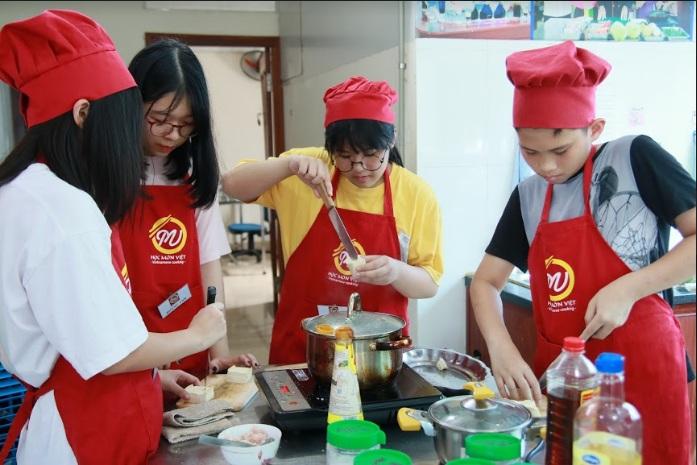 khóa học nấu ăn trẻ em_giaoducnghe