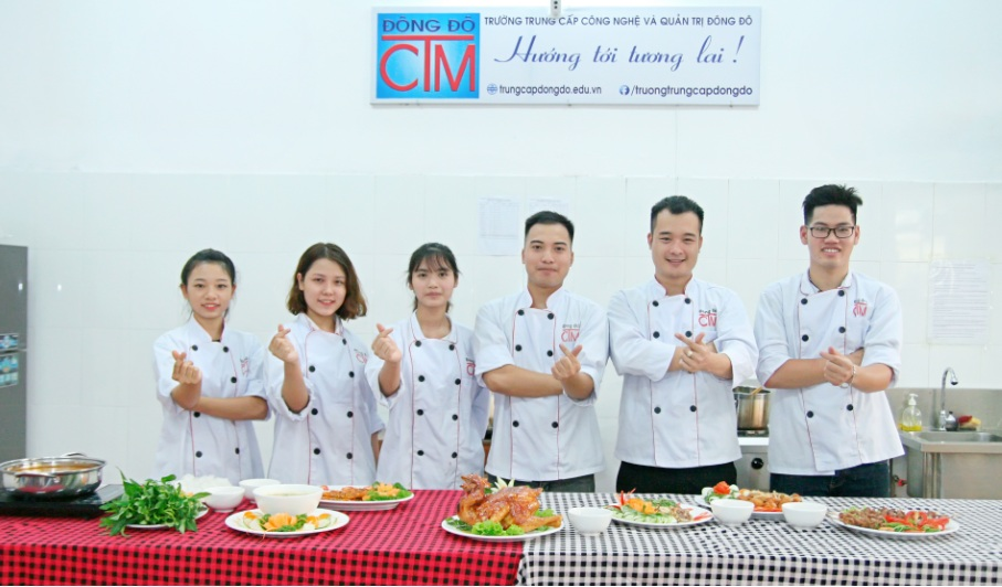 lớp trung cấp nấu ăn_giaoducnghe