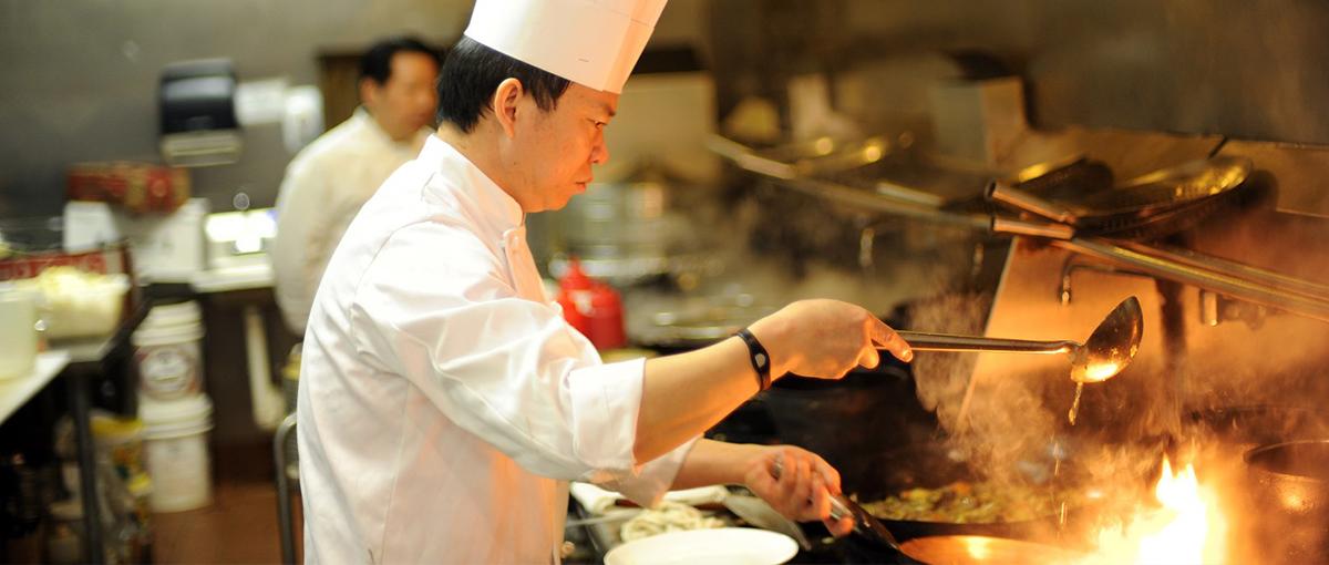 học bếp trưởng giáo dục nghề