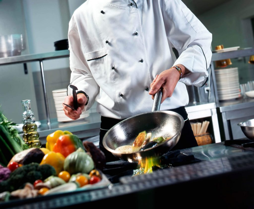 kinh nghiệp chọn sử dụng và bảo quản chảo của đầu bếp chuyên nghiệp giáo dục nghề