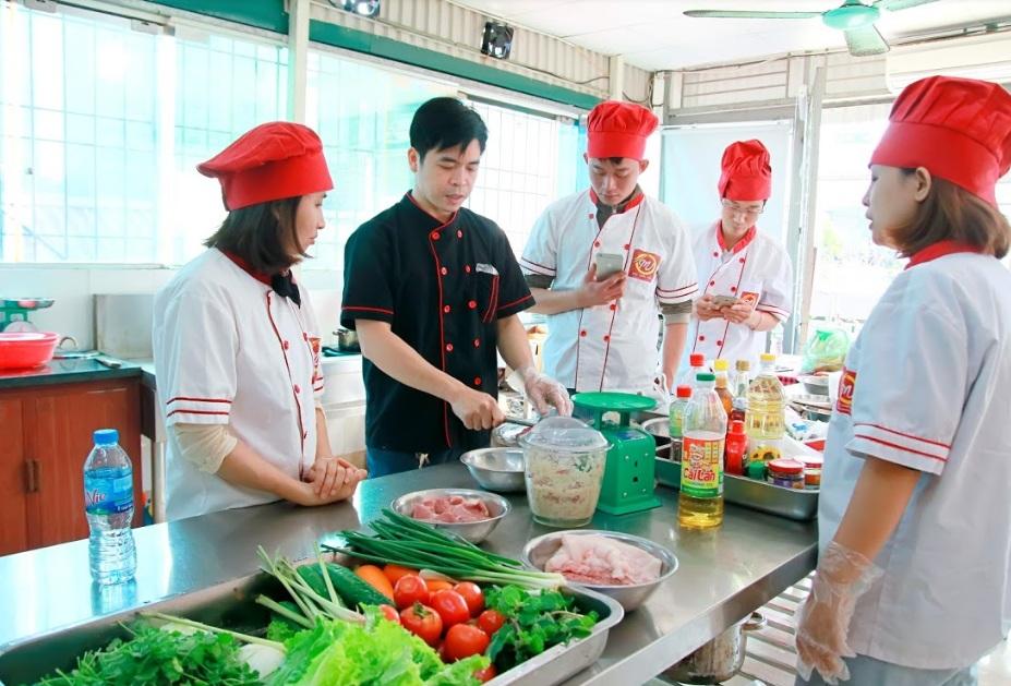 học nghề nấu ăn giáo dục nghề