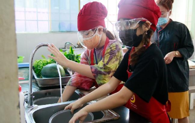 Trại Hè khóa 2: Khai Giảng Lớp Nấu Ăn Trẻ Em Ngày 24/06/2021