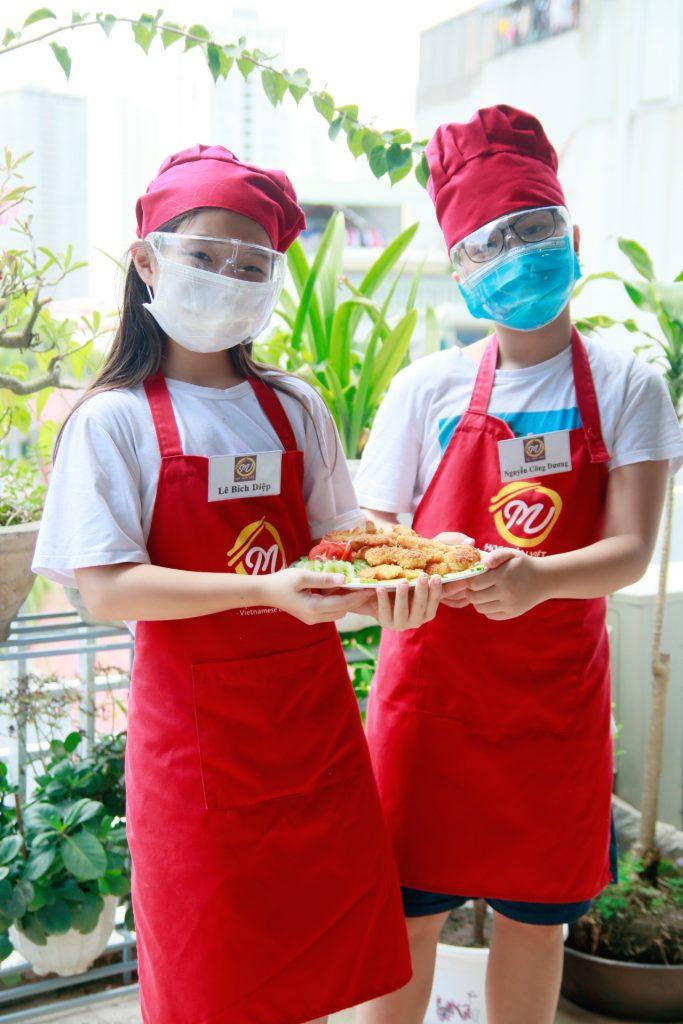 Lớp nấu ăn trẻ em Giáo dục nghề