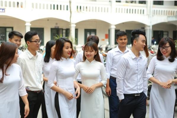sinh viên trường trung cấp công nghệ và quản trị đông đô_giáo dục nghề