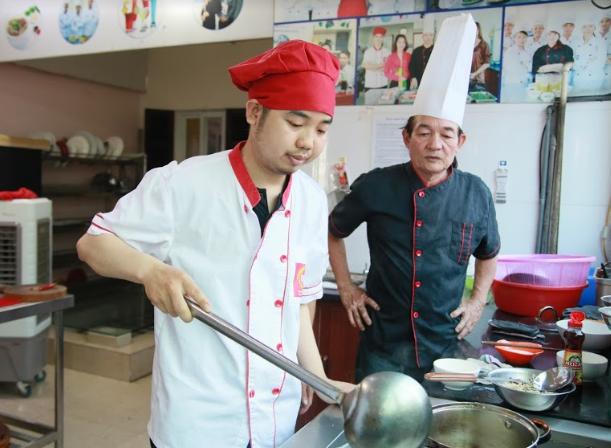 Lớp học đầu bếp Việt_giáo dục nghề