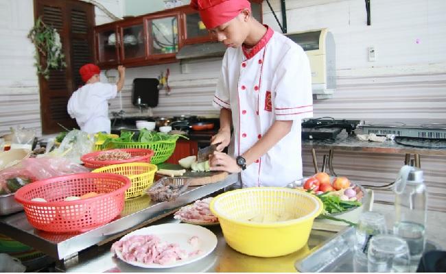 Học lẩu nướng mở quán ăn nhà hàng