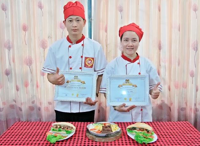 học nhân bánh mì mở quán giáo dục nghề