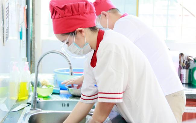 Học nấu ăn cho gia đình ảnh 1 Giáo dục nghề