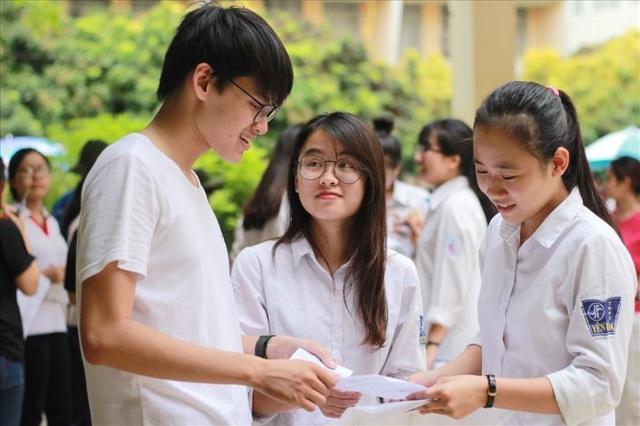nộp hồ sơ dự thi tốt nghiêp THPT giáo dục nghề