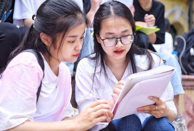 Sau khi biết điểm chuẩn thi lớp 10 học sinh cần làm gì giáo dục nghề